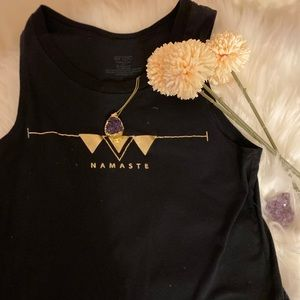 ⭐️Onzie Namaste Black & Gold Crop Top ⭐️